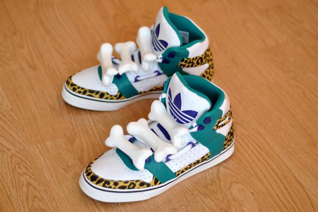 huge discount 59372 09404 Achetez en ligne basket adidas avec os pour mettre à jour votre look.